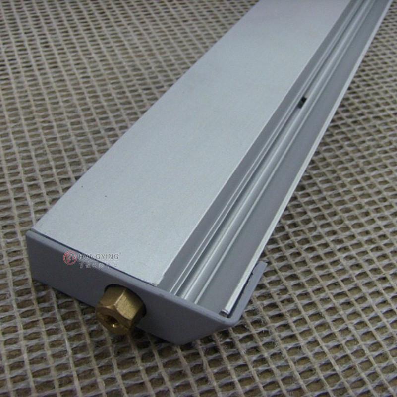 Taiwan Slugger brand of aluminum dust , dust control exterior door bottom soundproof . Surface mounted door bottom seal(China (Mainland))