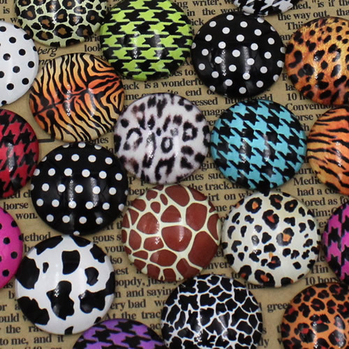 20pcs/lot Leopard Print Round Glass Cabochon Dome Jewelry Finding Cameo Pendant Settings 25mm (K02111)<br><br>Aliexpress