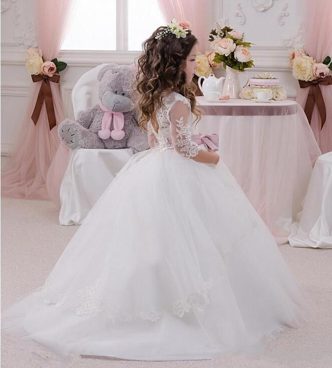 Cute-Ball-Gown-Flower-Girls-Dresses-For-Weddings-With-Sheer-Neck-3-4-Sleeves-Bowknot-Cheap (1)