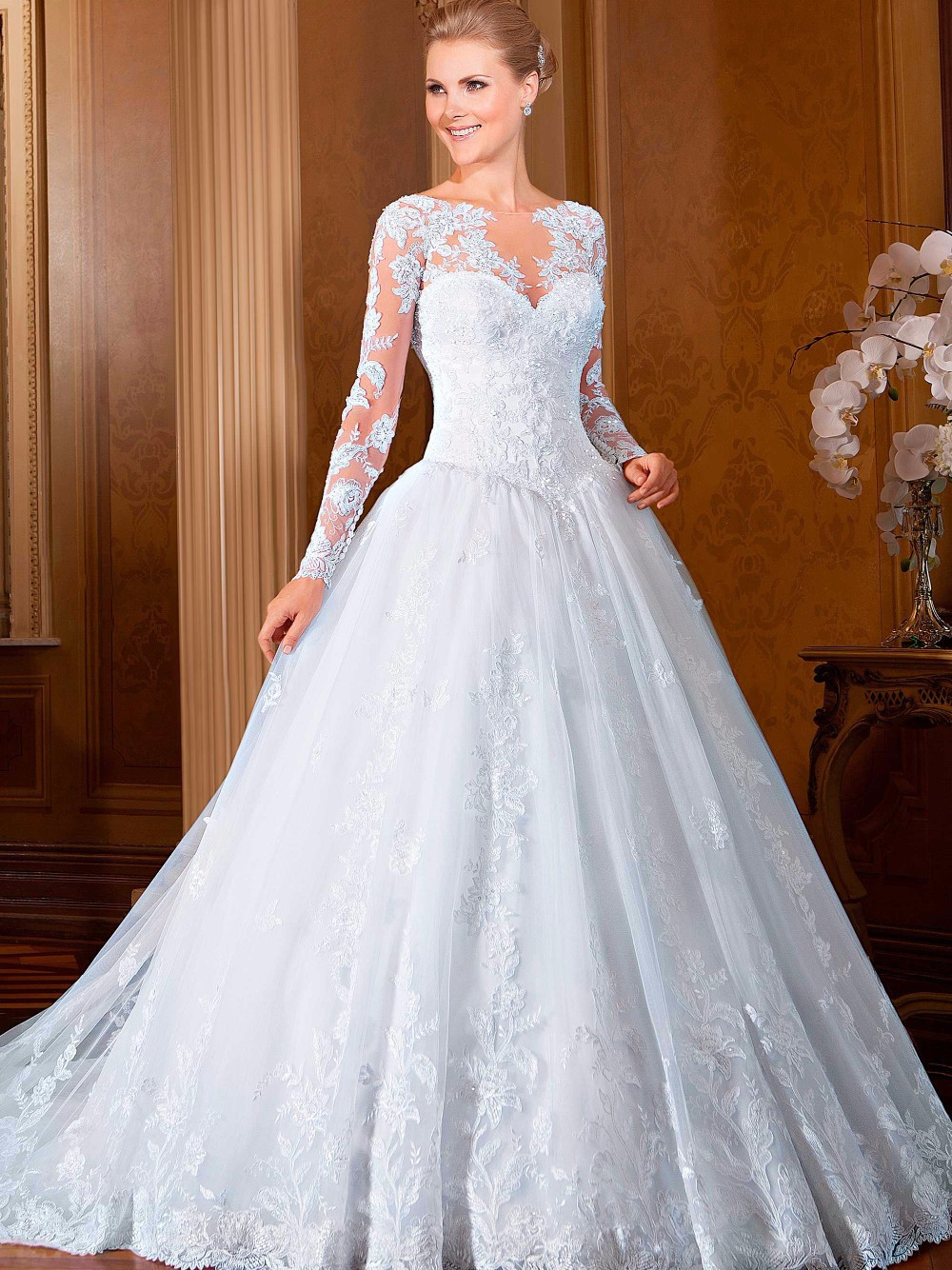 2015 new fashionable lace wedding dresses plus size a line for Long sleeve plus size wedding dress