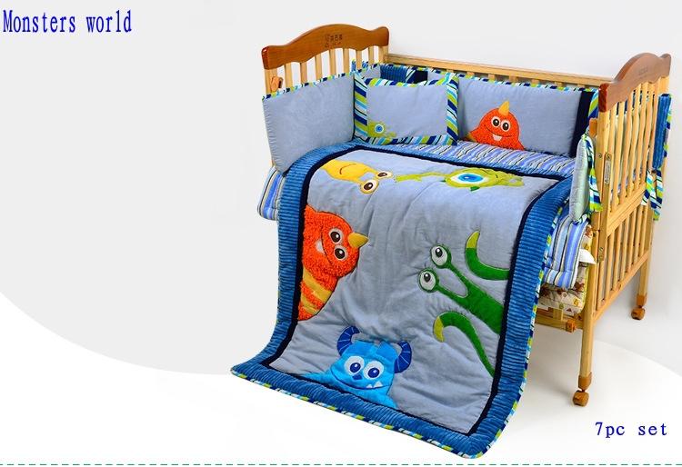 وحوش التطريز سرير الطفل الفراش الصبي الأزرق مستلزمات اطفال تعيين 7pc/ البنود 4 مصدات تعيين المهد ورقة جاهزة وسادة لحاف(China (Mainland))