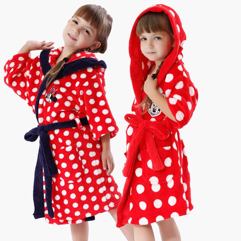Child Sleepwear Robe Coral Fleece Peignoir Minnie White Dots Girls Bathrobe Roupao De Banho Pajamas Dressing Gown For Kids(China (Mainland))