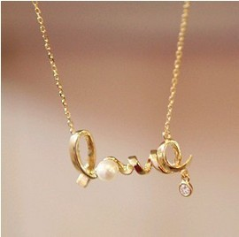 Min order $10 (mix order) Free Shipping 2015 New Fashion Vintage Cheap Chic LOVE Word Alloy Love Necklace N0677g(China (Mainland))