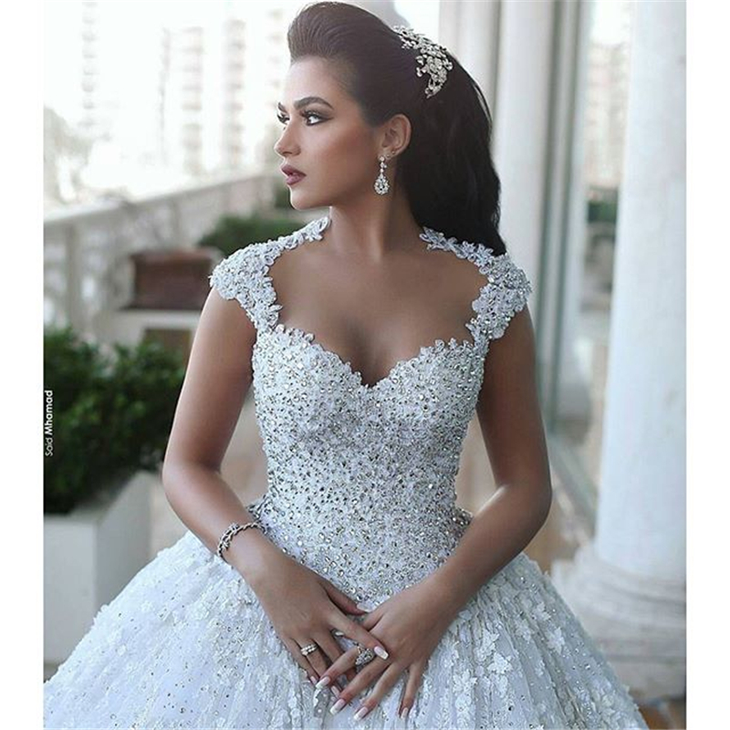 White Sweetheart Silver Beading Lace Backless Puffy Ball Gown Wedding Dress(China (Mainland))