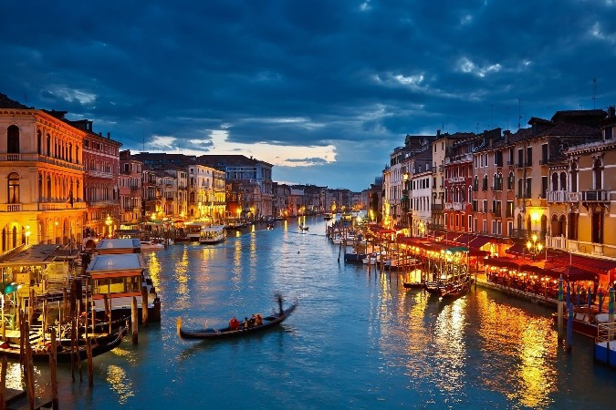 Italy ,Venice city ,canals buildings Scenery Poster Silk Wall Home Decorative Printing -High quality Picture For Gift(China (Mainland))