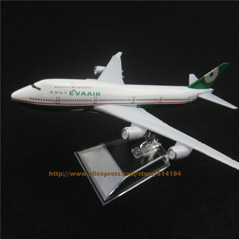 16cm Alloy Metal TaiWan EVA AIR B747 400 Model Boeing 747 Airways Plane Model Aircraft Airplane Model w Stand Toy Gift(China (Mainland))