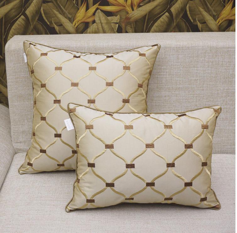 Decorative Throw Pillows Beige Europeanism Cojines Etnicos Jacquard Pillow Fabric Cushion Cover Vintage Funda Cojin Pillow Cover(China (Mainland))