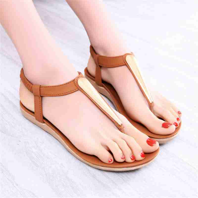 Lastest New Stylish Women Sandals 2016 Fashion Buckle Strap Pointed Toe Square
