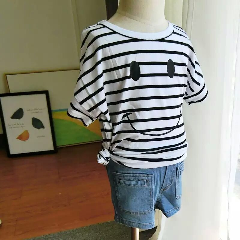 Children summer cotton loose striped T-shirt baby boys girls lovely smile pattern printed tees kids fashion short-sleeved tops(China (Mainland))
