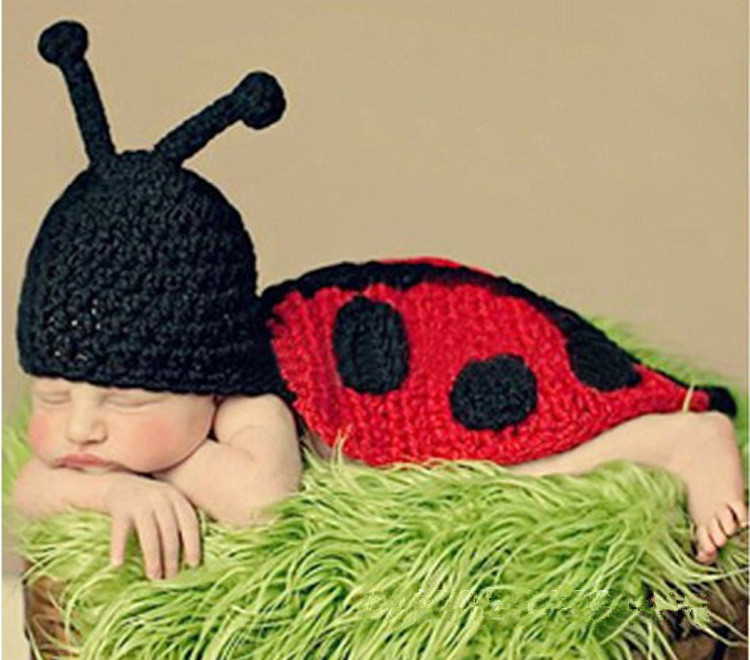 2015 Rushed Hot Sale Animal Hat Baby Crochet Cloak Lady Beetle Styling Boys Hat Handmade Photography Props Newborn Outfits(China (Mainland))