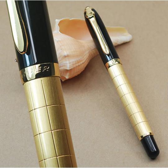 Promotion BAOER 701 Hot Sale golden and black fine Medium nib Fountain pen school office stationery ink pen A2