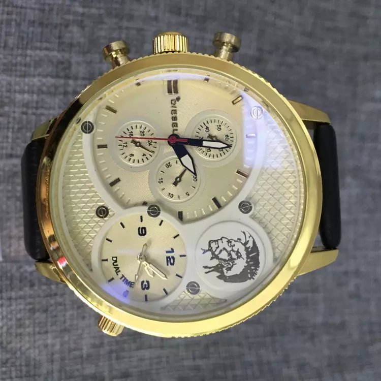 2015 company selling high quality brand name watches DZ7526 ...