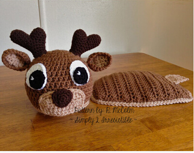2pcs new born infant animal style lovely deer circled onta cutout handmade knitted baby hat photography props set hat+shorts(China (Mainland))