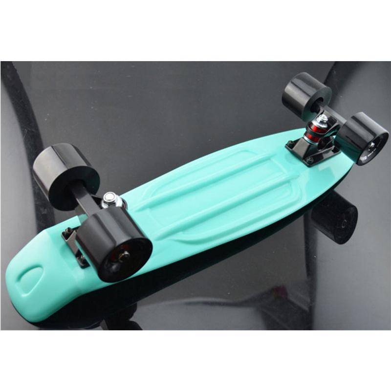 mint plastic mini cruiser skateboard 22 retro longboard no assembly required complete board in. Black Bedroom Furniture Sets. Home Design Ideas