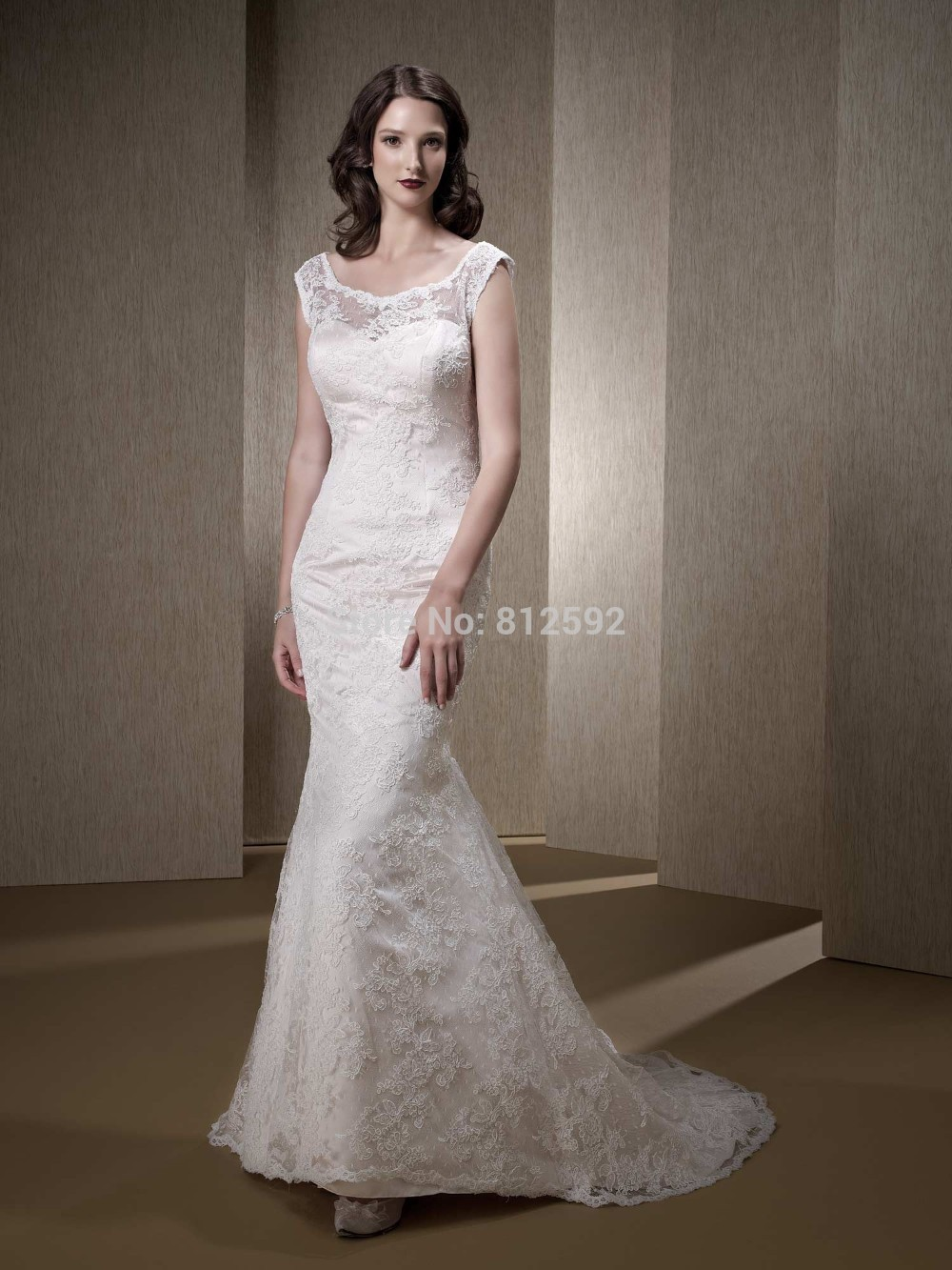 Vintage a line princess wedding dresses 2014 lace covered for Wedding dresses for womens