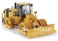 1/50 Norscot 55165 Caterpillar Cat 825H Soil Compactor toy(China (Mainland))