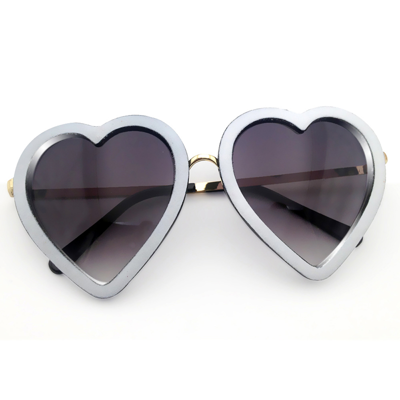 heart sunglasses women prevent ultraviolet sun glasses gafas oculos de sol escuro high quality brown new arrival sunglasses(China (Mainland))