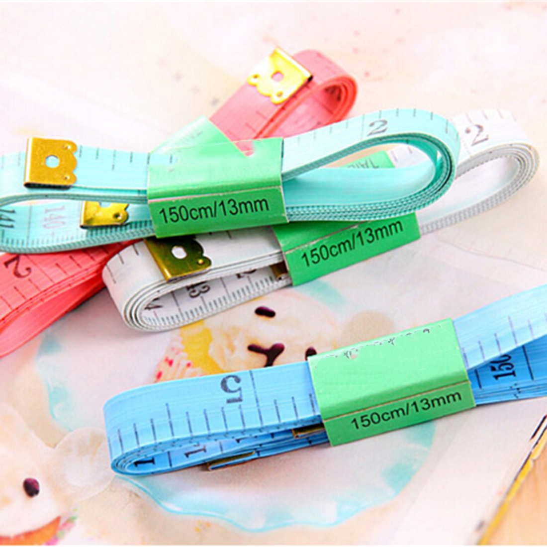 Hot Sell Body Measuring Ruler Sewing Tailor Tape Measure Soft 60 Inch 1.5M Sewing Ruler Meter Sewing Measuring Tape Random Color