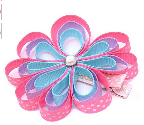 Wholesale 12pcs Girls Pink Grosgrain Flower Glittery Center Alligator Hair Clippie(China (Mainland))