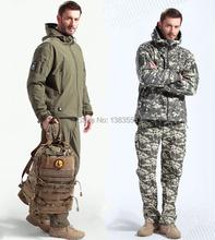 Tactical Gear Shark Skin Softshell Outdoor Jacket Military Pants Men Fleece Waterproof Army Camouflage Hoody Clothing Set(China (Mainland))