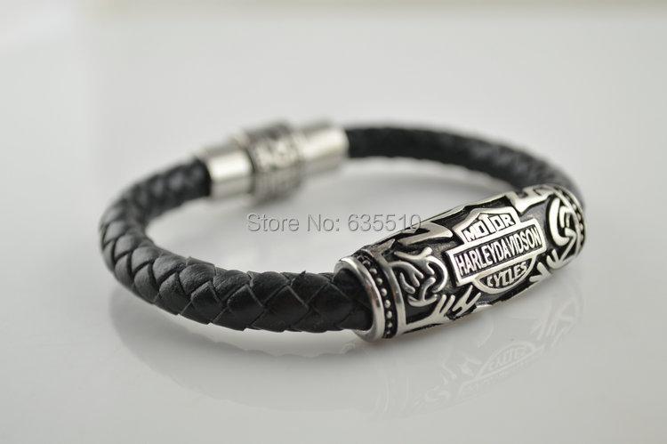 1 pc Beautiful Twist Round Leather Man and Woman Charms Braclets Fashion jewelry(China (Mainland))