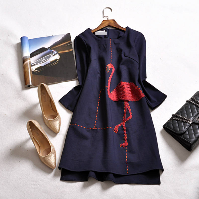 2016 autumn and winter new arrivals women's embroidery o neck three quarter sleeve fashion women casual dress female swan(China (Mainland))