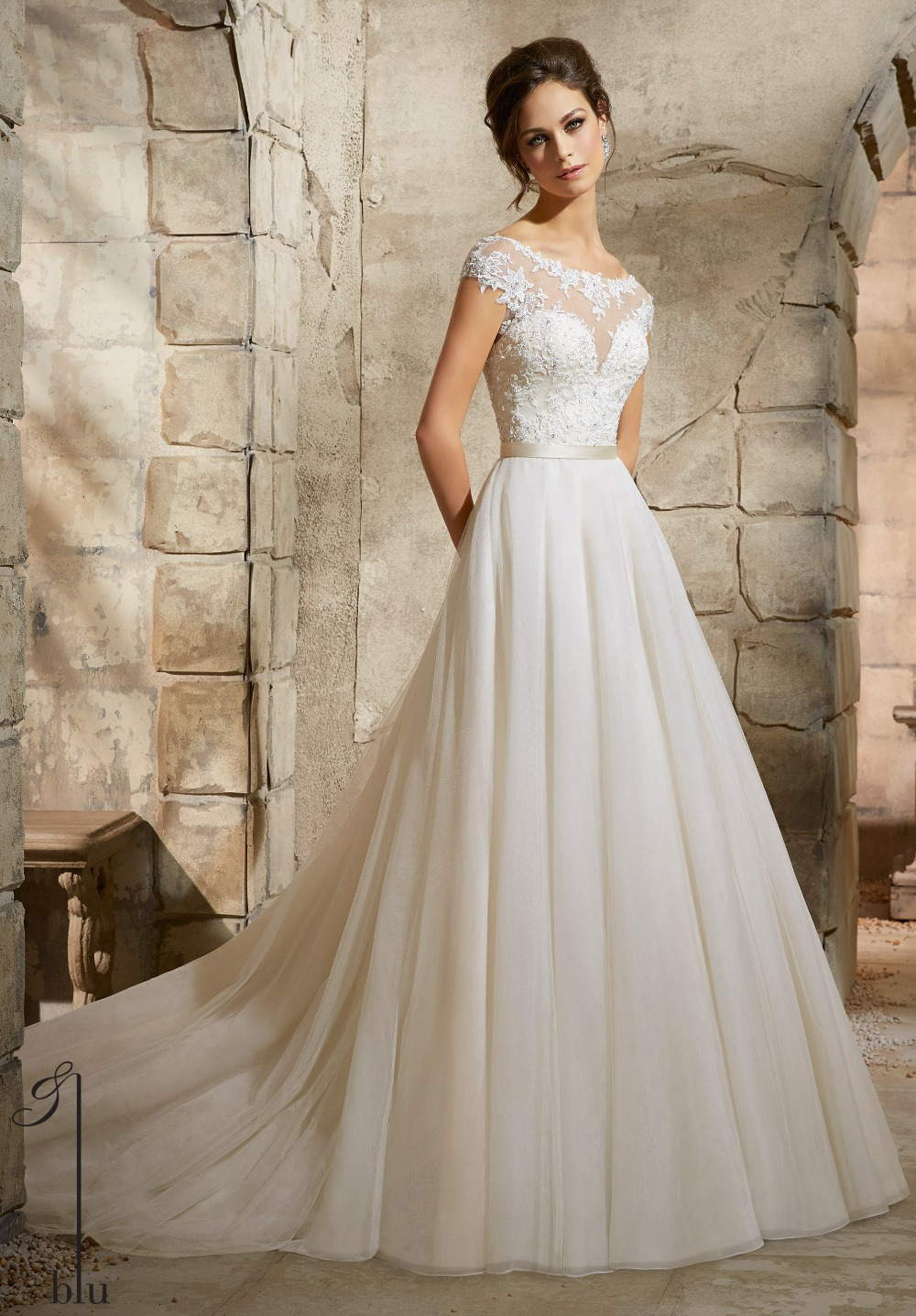 Lace Wedding Dress With Cap Sleeves Style D1919 : Line cap sleeves open back sexy ivory lace tulle wedding dresses gown