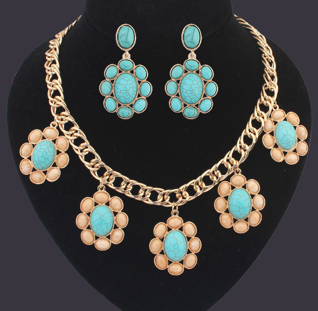 High quality Turquoise Jewelry Sets Gold Plated Oval Stone Pattern Flower Retro Necklace And Earring Set for Women wholesale(China (Mainland))