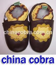 free shipping soft sole baby leather shoes for spring collection(China (Mainland))