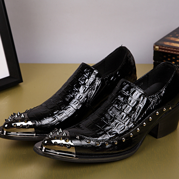 size 37-46!New Fashion Brand patent leather Punk rivet decoration Pointed Toe Men Oxford shoes England Style Dress Wedding Shoes