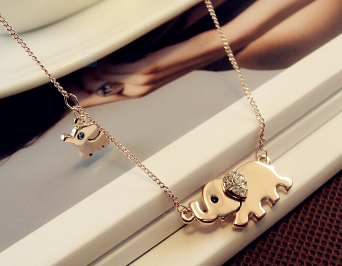 Cute Elephant Family Stroll Design Fashion Women Charming Crystal Chain Necklace Chocker necklace Free shipping(China (Mainland))