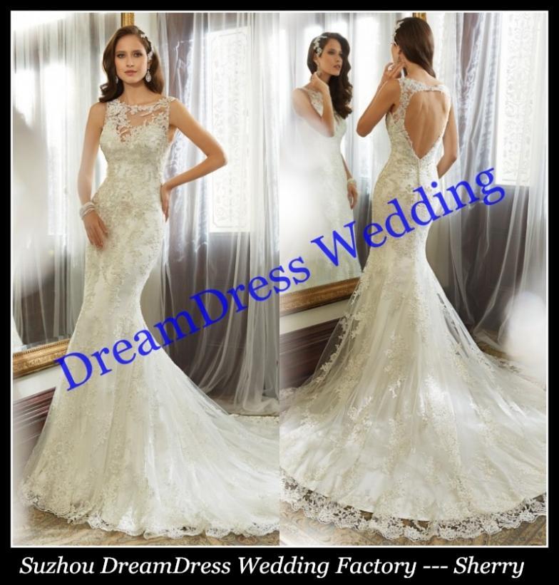 Heart shaped back wedding dress images for Heart shaped wedding dress