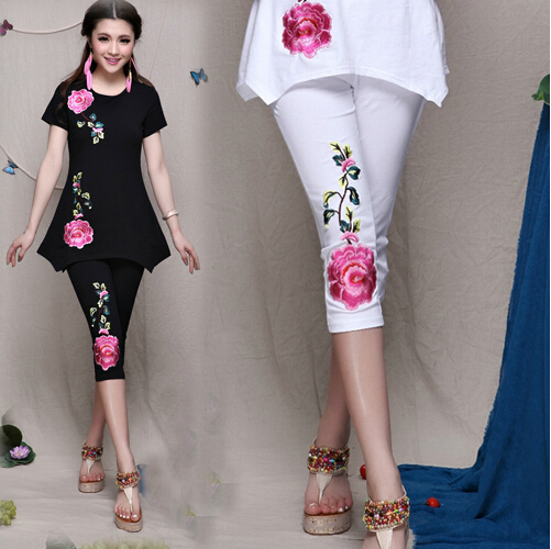 National Wind Slim Was Thin Cotton Stretch Pant Women Casual Embroidered Peony Flowers Capris Legging Fashion New N0122(China (Mainland))