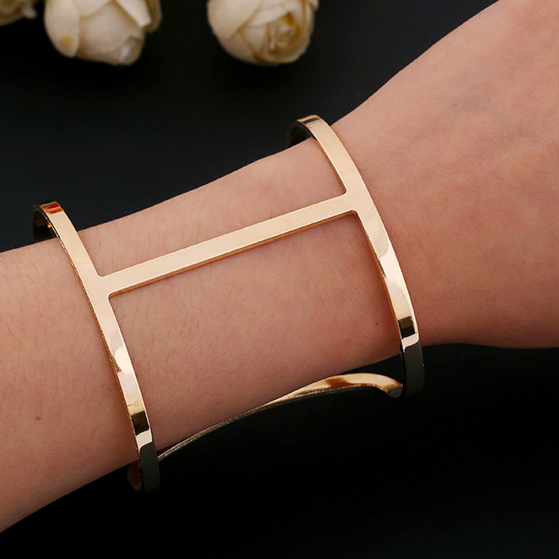 Punk Designer Gold Silver Wide Cuff Bracelets New 2015 Alloy Simple Hollow Out Arm Bangles Costume Jewelry For Women SS5044(China (Mainland))