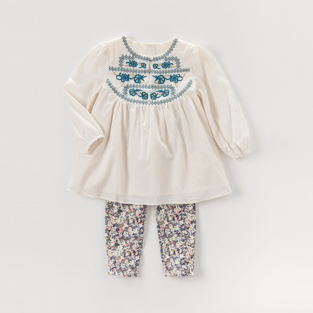 DK0429 dave bella  autumn baby girls embroidery blouses girls apricot national ethnic style t-shirt girs top