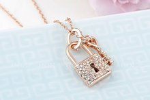 Fashion Austrian Crystal Lock and Key Pendant Necklace Gold Plated ROXI Gift Jewelry