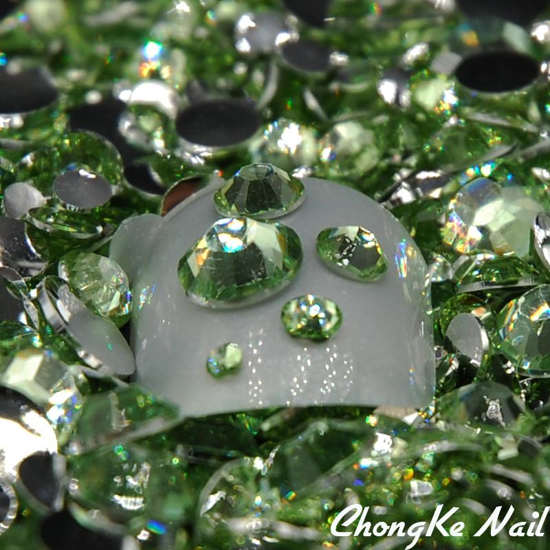 2016 Light Green/Peridot Mixed Sizes 5000pcs/bag Round Nail Art Gems Nail Acrylic Rhinestone Glitters Beautiful Nail Decoration(China (Mainland))