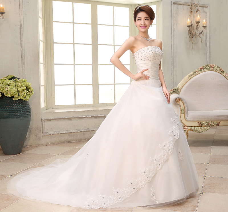 2015 new style slim diamond lace wedding dress white train for Big white wedding dresses