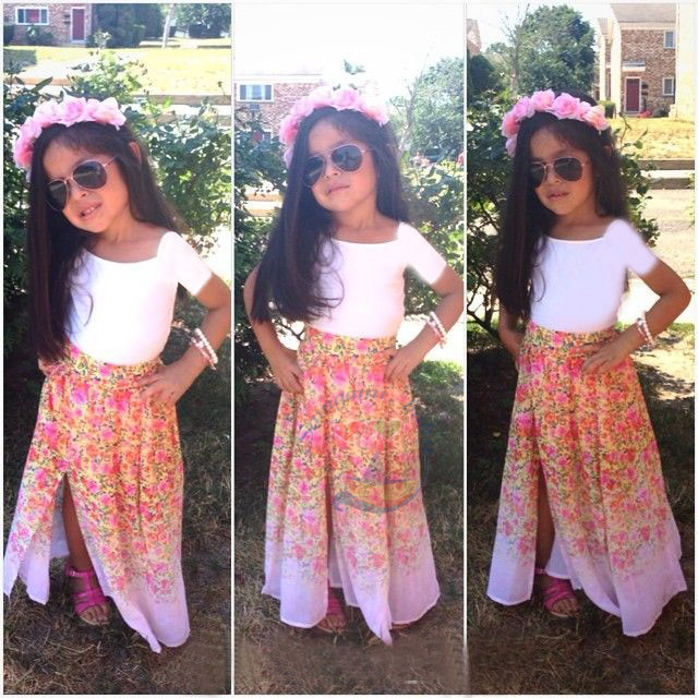 Summer 2015 new arrival girls clothing set white short sleeve t shirt and floral Half-length skirt fashion baby girls sets 2pcs<br><br>Aliexpress