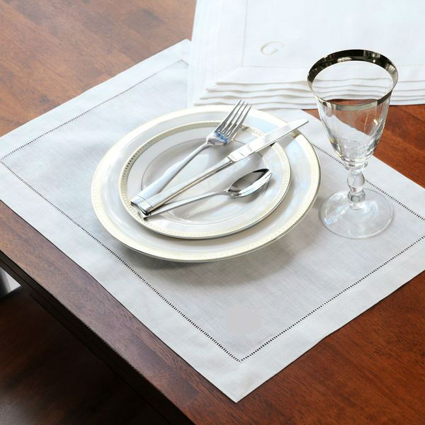 set of 30 pieces Embroidered Cloth Table White Polyester Napkins 40x40cm SQUARE(China (Mainland))