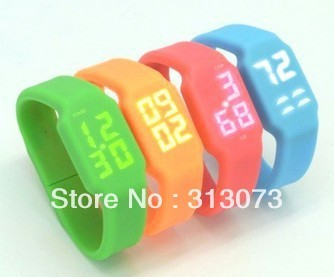Multifunctional silicon bracelet LED watch USB Disk 4g 8g 16g 32g usb flash drive