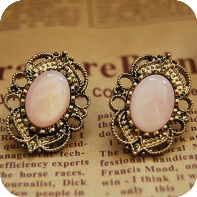 Min order is $10  fashion accessories vintage cutout laciness inlaying rhinestone stud earring