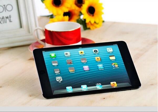 Brand New 1 HD LCD Apple iPad Mini