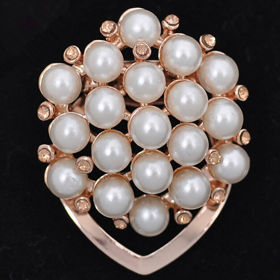 Fashion 18k Champagne Gold Plated Pearl Beads Flower Clip Brooches Women Scarf Buckle Shawl Pin Broach Broches Acessories Bijoux(China (Mainland))
