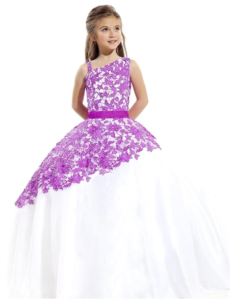 Plus Size Girls Dresses. Sweetie Pie Collection has been around long enough to know what is missing in the children's formal wear industry and it is a wide selection and variety of plus size girl's dresses.