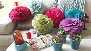 3D Flower handmade round cushion with filling polyfelt  home decoration/car back/chair/bed/gift