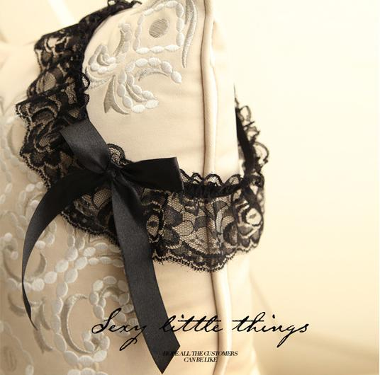 Sexy Women Ladies Lace Bowknot Underwear Stocking Garter Belt Ladies Transparent Lace Underwear Set Garter Belt