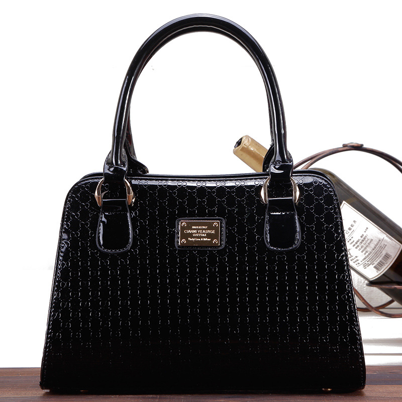 The new bright patent leather shoulder bag bread bag ladies fashion handbags factory outlets<br><br>Aliexpress