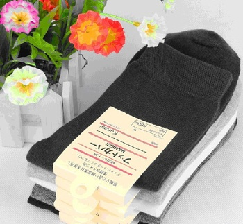 1 pair high quality man socks male high cotton men sock pure color business style autumn 2014 hot wholse Japan man's