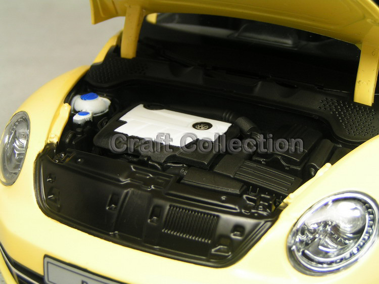 Yellow Kyosho 1:18 Volkswagen VW Beetle Coupe Diecast Mannequin Automotive Static Items Traditional Car